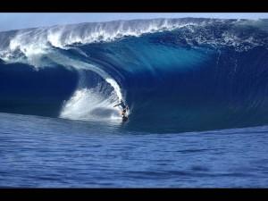 surfing-salsa-brava-puerto-viejocr-costa-rica